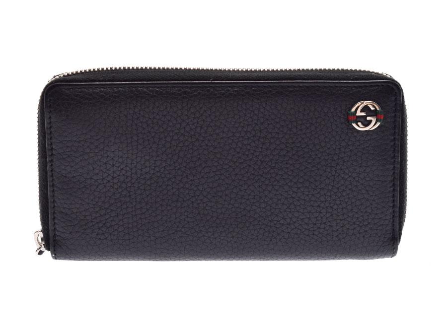 2c81739f11cf 黒地のカーフ素材にシルバー金具は印象的なグッチ・ラウンドファスナー長財布シックで使う人を選ばないカラーは、世代性別を問わずに人気が高いですね。