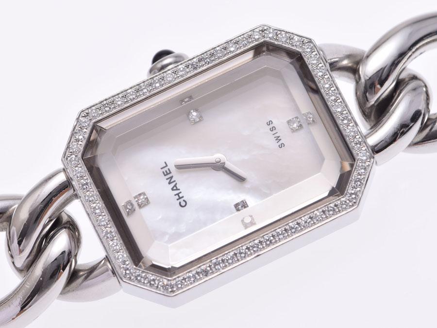 e9c57d1331c0 ... ベゼルダイヤ4PダイヤLサイズSSクオーツ時計レディースCHANEL シャネルフリークにはお馴染みのプルミエール。 八角形の特徴的なフェイスは パリのヴァンドーム広場 ...