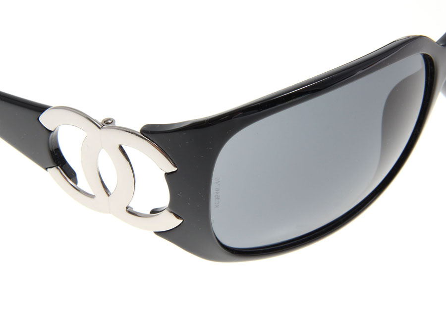 Side logo black Chanel CHANEL sunglasses 6014 c.501/87-