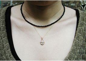 ブラックダイヤモンドの様な輝きを放つ天然石 [クーポン発行中] ブラックスピネルネックレス38cm プレゼント