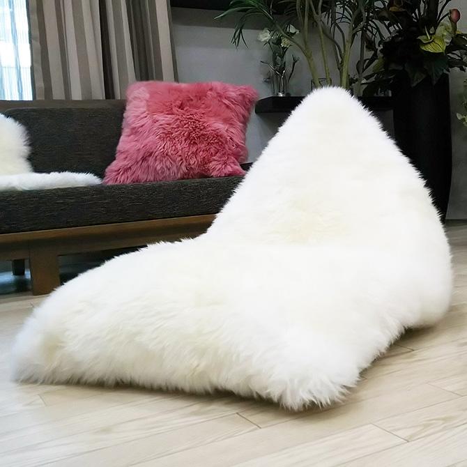 La joie ラジョワ ムートン ビーズクッション ムートン 二匹物 長毛 ピースラグ ヒツジ 羊毛 おしゃれ 天然ムートン かわいい 洗える