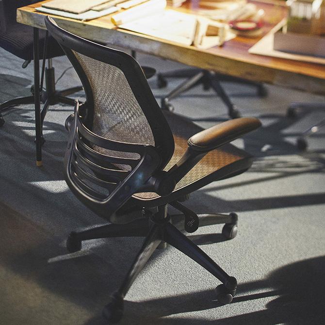 オフィスチェア オフィスチェア メッシュ ミドルバック アームレスト 可動 オフィスチェアー スタイリッシュ シンプル ブラック グレー