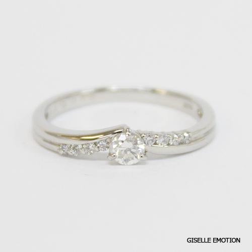 【半額!スーパーセール】婚約指輪【10大特典あり】『エンゲージリング0.3ctダイヤモンドリングPT900』ダイヤモンド|プラチナ|刻印無料|サイズ直し無料|結婚記念日|彼女|誕生日プレゼント|女性|エンゲージリング