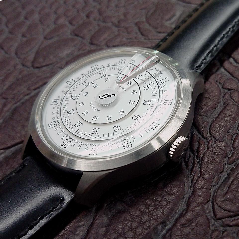 トリフォグリオ ミリメトロ (Trifoglio Italia) MILLIMETRO ML111SSWH 自動巻き 回転ディスクウォッチ 白文字盤 メンズ腕時計 イタリア時計 ブラックレザーストラップ 計算尺 レトロ
