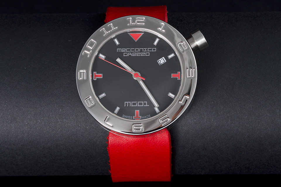 MECCANICA GREZZA(メカニカ・グレッザ) MG01 38L BK-RD スティール/ブラック/レッド イタリアンデザインウォッチ メンズ・レディース腕時計