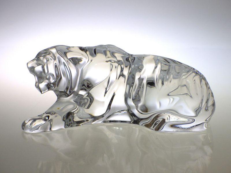 バカラ フィギュリン ● トラ 置物 虎 オーナメント 十二支 干支 寅 伏せ タイガー Tiger