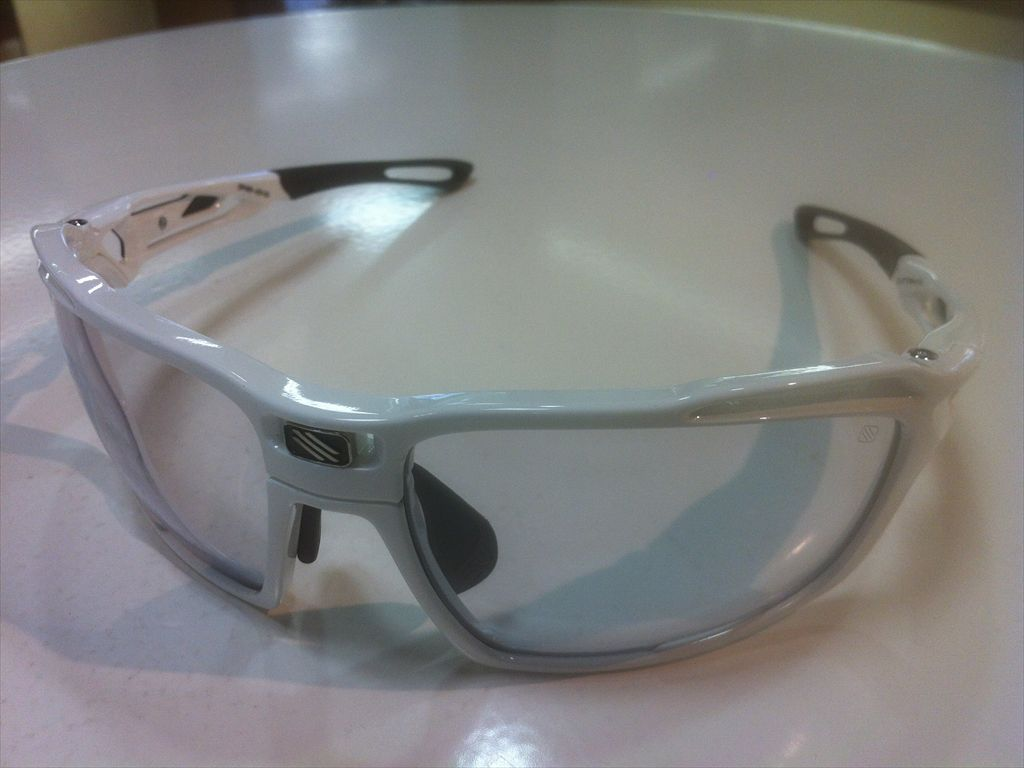 RUDY PROJECT(ルディプロジェクト)SINTRYX(シントリクス)SP497369-0000(ホワイトグロス)スポーツ用サングラス調光サングラス有名ブランドサングラス