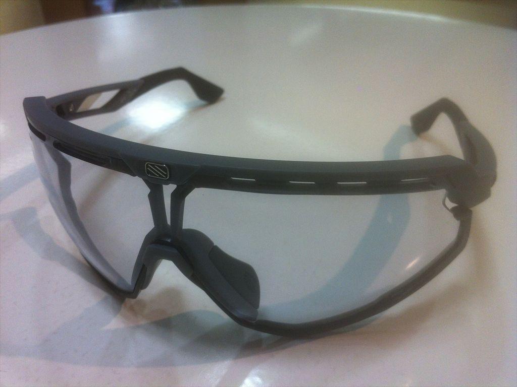 RUDY PROJECT(ルディプロジェクト)DEFENDER(ディフェンダー)SP527375-0000(ピヨンボマット/バンパーブラック)スポーツ用サングラス調光レンズ搭載