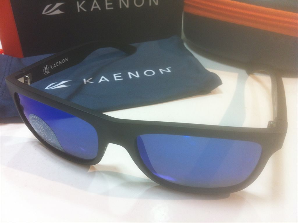 KAENON(ケーノン)CLARKE(クラーク)028-MBMBGN-BLUE(Matte Black)サングラス偏光レンズ搭載