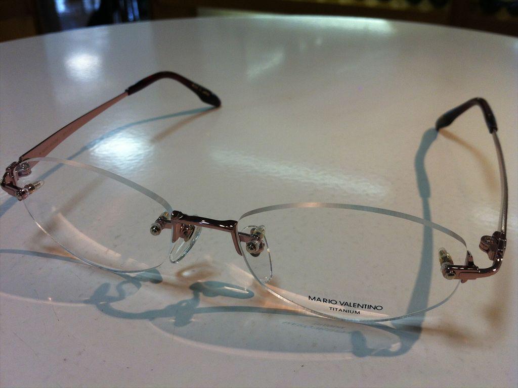 MARIO VALENTINO(マリオ・ヴァレンティーノ)婦人用メガネ高品質日本製メガネフレームメガネフレーム(ツーポイントフレーム)縁なしメガネMV-727 2(ピンクゴールド/レッド) 52サイズ