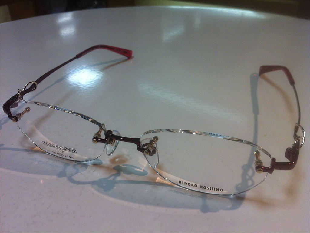 HIROKO KOSHINO(ヒロコ・コシノ)HK1132 2(ワインレッド) 52サイズメガネフレーム(ツーポイントフレーム)縁なしメガネ高品質日本製メガネフレーム有名ブランドメガネフレーム