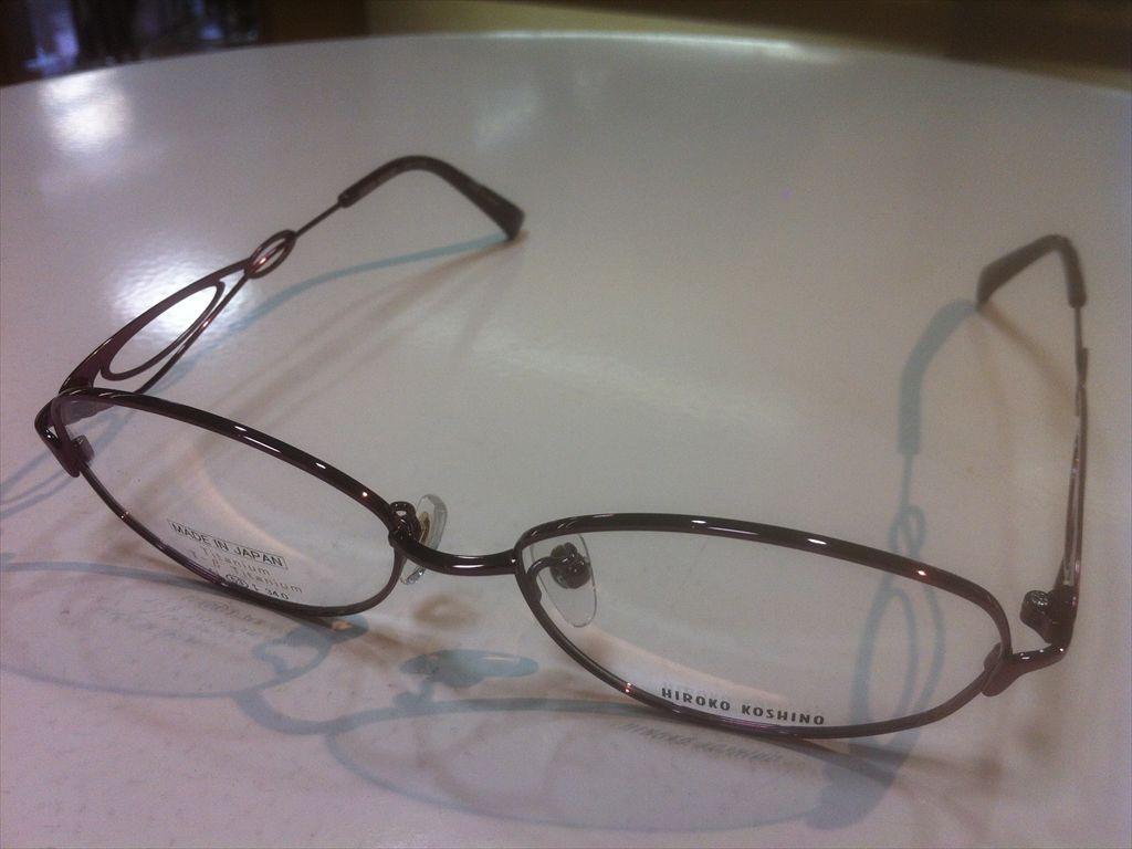 HIROKO KOSHINO(ヒロコ・コシノ)HK1112 3(ワインレッド) 53サイズメガネフレーム(メタルフレーム)高品質日本製メガネフレーム有名ブランドメガネフレーム