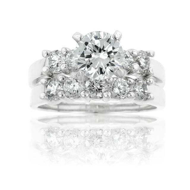 【送料無料】【あす楽対応】ラウンドブリリアント エンゲージリング 婚約指輪【4.7ct.tw】AAA高級CZダイヤ(キュービックジルコニア)【マリッジリング】【2連】【セット】【ウエディング】【セレブ】【ギフト】【記念日】 Round CZ Engagement Wedding Ring Set