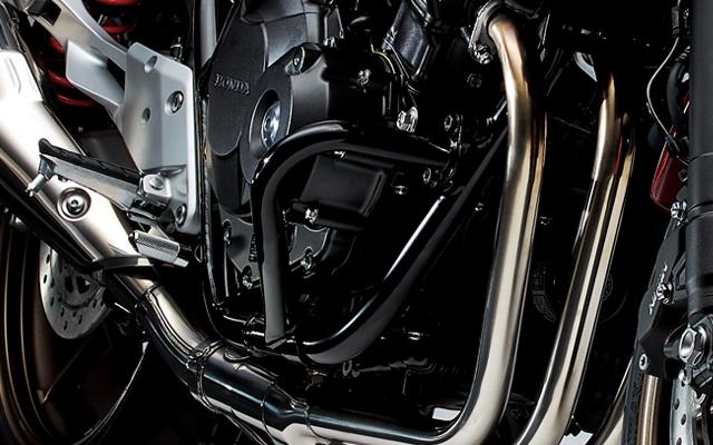 【送料無料】【ホンダ(HONDA)】 2014/2018年モデル CB400 スーパーボルドール/スーパーフォアー対応 エンジンガード ブラック 【ホンダ正規取扱店】