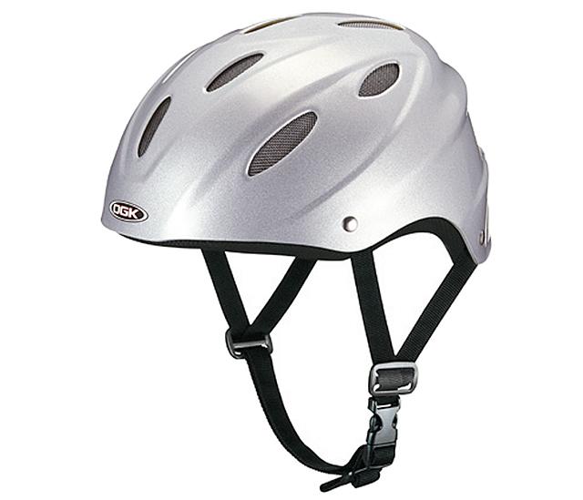 【4966094453848】【送料無料】【OGK KABUTO】 CLIFF クリフ シルバー フリー(57~59cm)自転車用ヘルメット 大人用 日本人の頭部形状にジャストフィット サイズ調整スポンジ付属 【自転車ヘルメット サイズ調整スポンジ付】