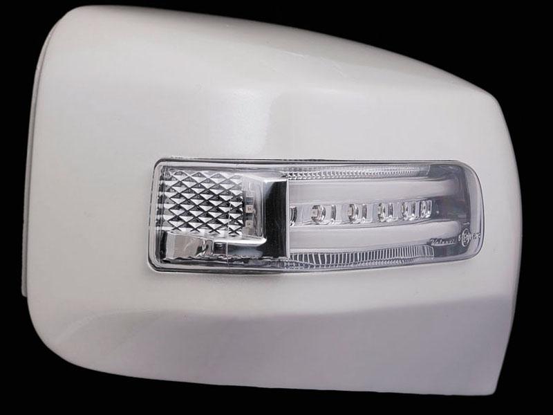【送料無料】【ヴァレンティ(VALENTI)】 VALENTI LEDドアミラーウィンカー キャラバン クリア/WHT メッキ 【DMW-350CW-999】
