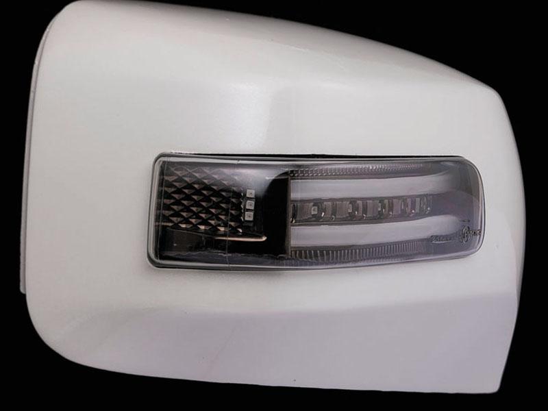 【ヴァレンティ(VALENTI)】 VALENTI LEDドアミラーウィンカー キャラバン ライトSM/WHT WHT 【DMW-350SW-QM1】