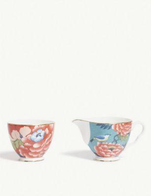 WEDGWOOD ピオニア ブラッシュ シュガー 毎日激安特売で 営業中です アンド クリーム ボウル 2個セット Paeonia bowls two Blush cream set sugar 限定タイムセール of and