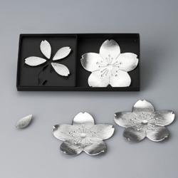 風情ある桜モチーフのトレーと箸置のセット【能作】桜・さくら