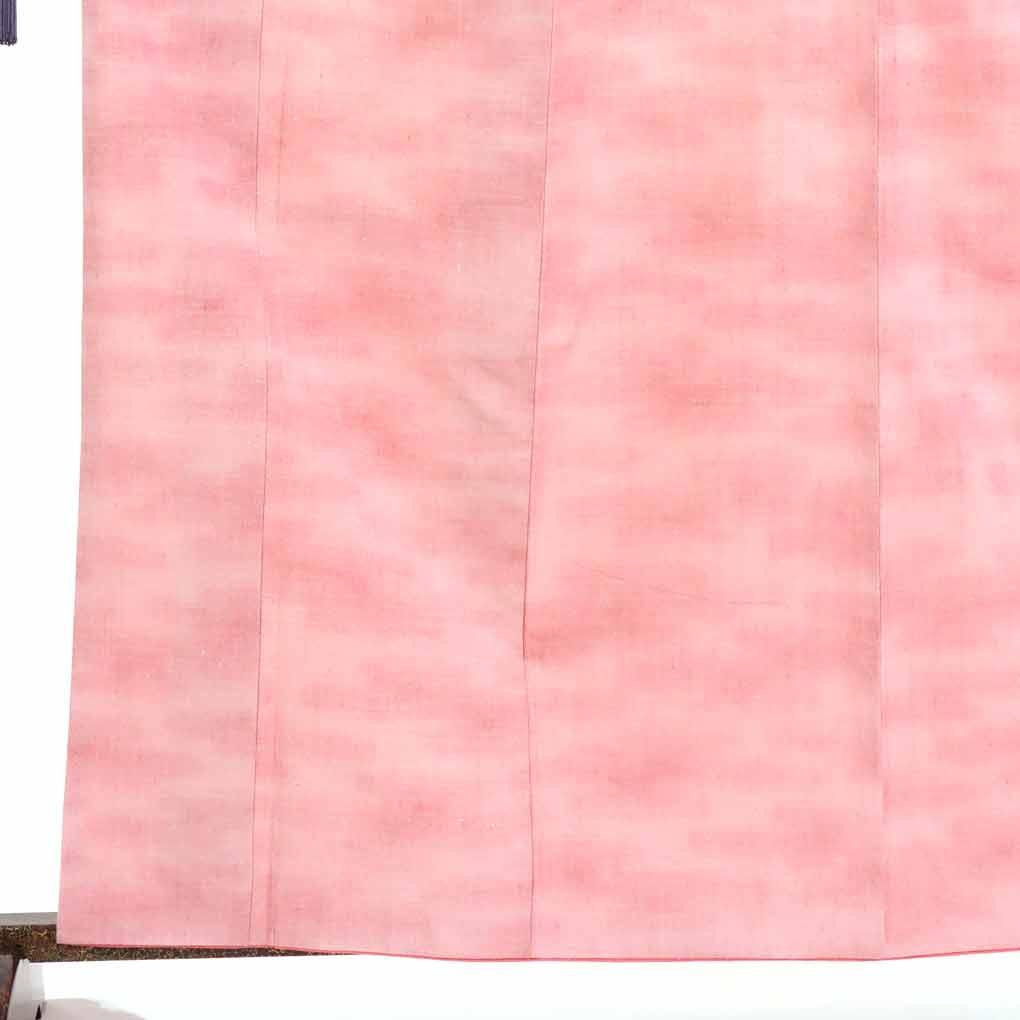 【中古】リサイクル着物 紬 / 正絹ピンクぼかし袷真綿紬着物 レディース 秋冬春用 シルク100% ピンク 裄Mサイズ【あす楽】身丈164cm 裄65cm 前幅22cm 後幅28cm 袖丈51cm