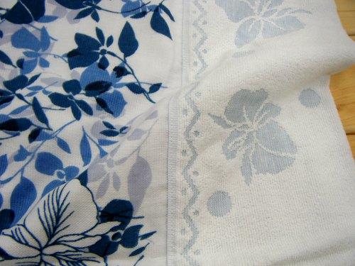 它是单个毛巾垫纱编织安全和平的日本国产棉毯。它是从某些质量的 sannaigai 产品,量身定做的产品。酷和优雅的色调。 Gaseket taorgase 桶毛巾毯夏天保惠师单毛巾桶双编织垫片