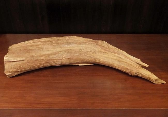 【沈香・香木】極上タニ沈香 原木約5420グラム長さ110センチ《インドネシア産》香木 原木 香道 焼香 お香 限定品 じんこう 高級材 木製