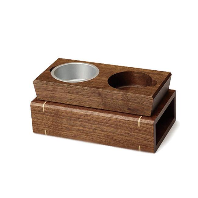 かわいい廻し香炉です。重厚なウォールナットの木を使用して製作。香炉の本体は台部分にスライドさせて収納可能。収納が便利です。 【お仏具 廻し香炉】おしゃれ廻し香炉 ノルテ◆日本製現代仏具 廻し焼香 廻し香炉 おしゃれ 少人数 キレイ 収納式 現代風 法要 法事 回し香炉 八木研