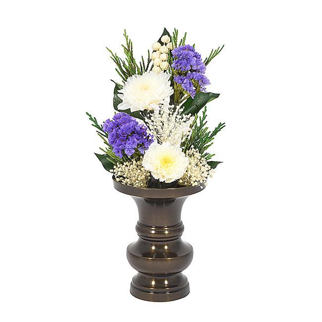 ミニサイズのプリザーブドフラワーの仏花です 暑い時期には特におすすめ 花立て別売 ☆最安値に挑戦 花部分高さ15cm 全長20cmです コンパクトなお仏壇によく合います 仏花 現金特価 ミニ仏花 プリザーブドフラワー お彼岸仏花 お供え花 小サイズ 菊花ホワイト 花部分高さ約15センチ コンパクトサイズです プレゼント仏花 造花 お盆仏花