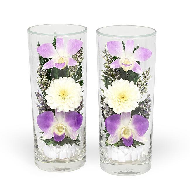 ガラスの器に入ったオシャレな「プリザーブドフラワー」です。暑い時期には特におススメです。お仏壇の仏花にもおすすめです。★プレゼントにもお勧めです。 【仏花】プリザーブドフラワー『ガラスインフラワー』Lサイズ(高17cm)一対(2本セット)箱付き※全体高さ約17センチプレゼントお花 仏花 造花 お供え花 お盆仏花 お彼岸仏花 お供 お供え 法事 お悔やみ 喪中はがき 御供品 進物 御進物 贈答品