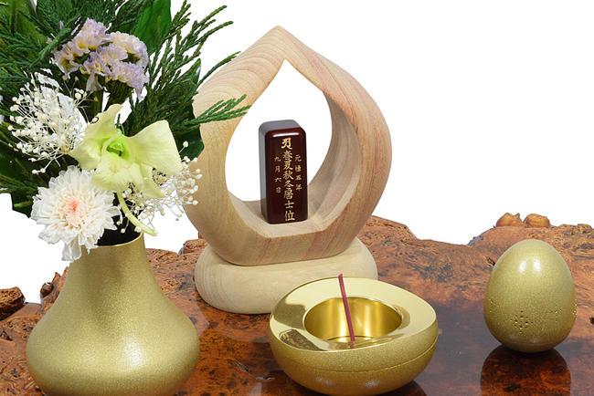 【手元供養】KOKOKARA-ここから-楠(くすのき)製★希望の文字彫り致します。手元供養 ミニ仏壇 木製品 木製置物 縁起物 お守り 木彫り 縁起物 位牌 現代位牌