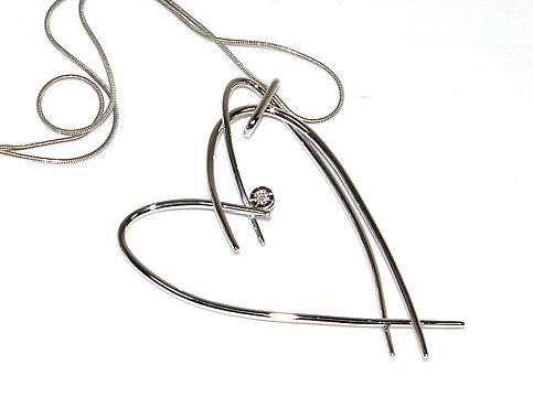 MORELLATO 1706モレラート アクセサリーハート型ワンポイントダイヤモンドネックレス