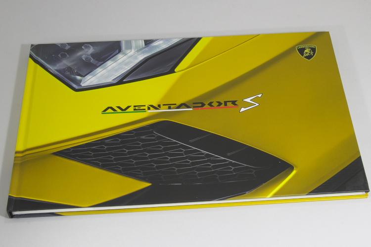 ランボルギーニ アヴェンタドール S クーペ&ロードスター カタログ 2018 英語 Lamborghini Aventador S