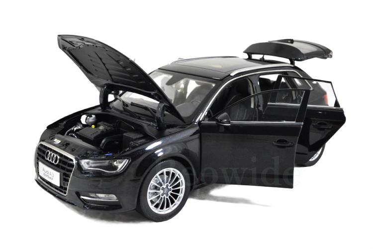 アウディ特注 1/18 アウディ A3 スポーツバック ブラック 8V Audi A3 Sportback