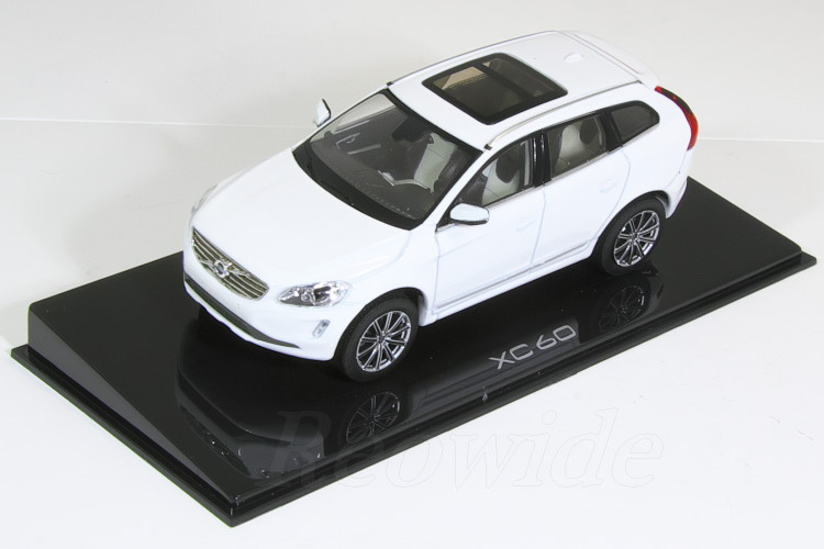 ボルボ特注 ノレブ XC60 1/43 ボルボ 2017 ホワイト