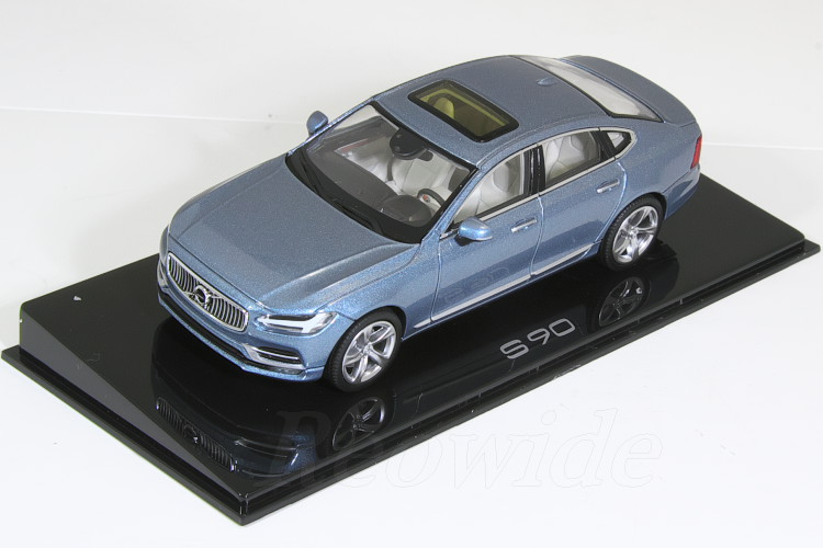 ボルボ特注 ノレブ 1/43 ボルボ S90 マッセルブルー 2017