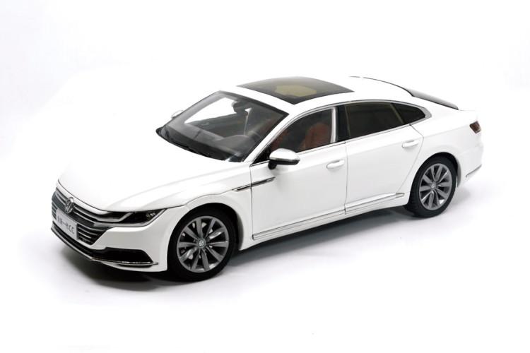VW特注 1/18 フォルクスワーゲン アルテオン ホワイト VW Volkswagen CC Arteon 2018