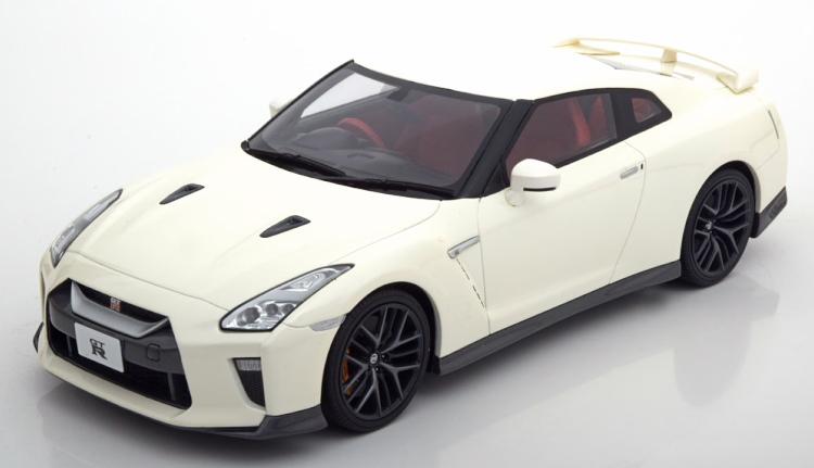 GT-R 2017 ホワイトメタリック R35 京商 Nissan whitemetallic 1/18 日産
