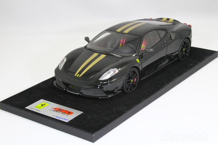 ルックスマート 1/18 フェラーリ F430 スクーデリア ブラック(Nero DS 1250) / ゴールドストライプ / ブラックホイール 25台限定