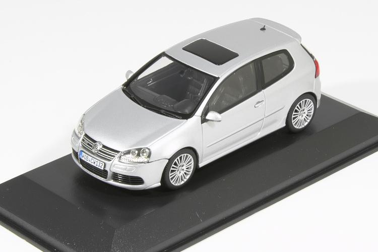 ミニチャンプス 1/43 VW ゴルフ V R32 シルバー Golf MK5