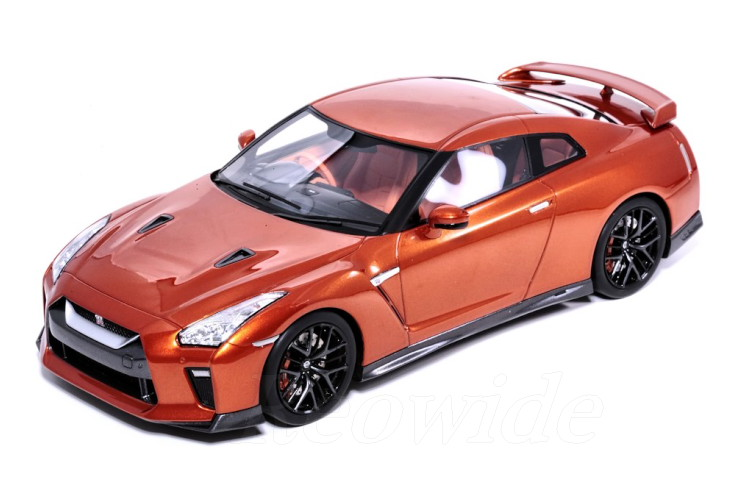 TARMAC 1/18 日産 R35 GT-R Ultimate Shiny Orange 2017