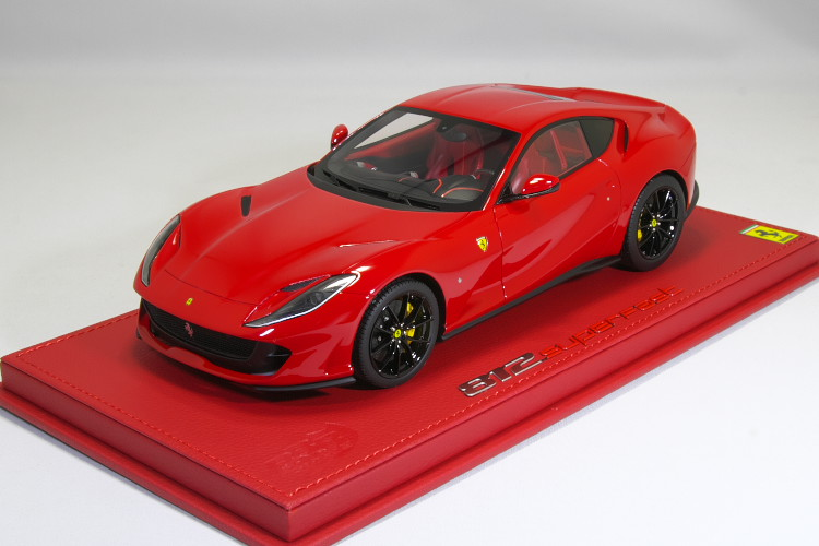 BBR 1/18 フェラーリ 812 スーパーファスト レッド 20台限定 レザー台座Ferrari 812 Superfast Rosso Corsa ケース付き
