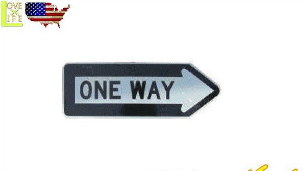 【アメリカ製】【TRAFFIC SIGN】ハイウェイサインボード【ONE WAY 1】【高速】【看板】【米国交通局】【雑貨】【アメリカン雑貨】【アメリカ雑貨】【アメリカ】【USA】【かわいい】【おしゃれ】MADE IN U.S.A 実際にアメリカの道路で使用 オフィシャルの看板