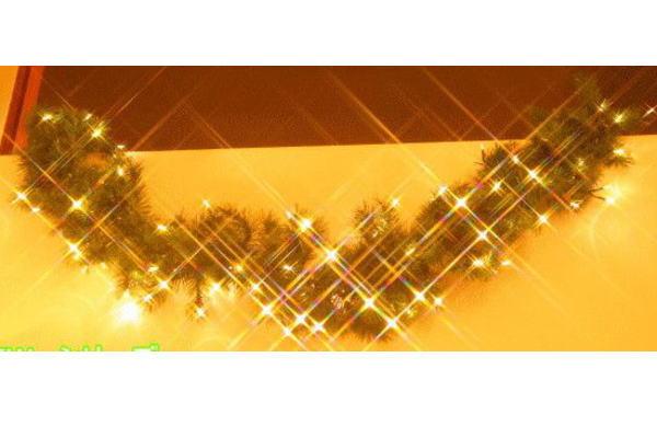LED クリスマスガーランド モチーフ イルミネーション 玄関先や室内に取り付けてクリスマスを満喫であります!窓辺もいいかも!?2008年新作!【送料無料】【新商品】【大人気】【大大人気】【20 】