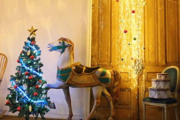 【イルミネーション】ジュエリーストリームライト【電球色】【ゴールド】【LED】【室内用】【装飾】【宝石】【ジュエル】【蛍】【室内用】【小物】【クリスマス】【電飾】【省エネ】
