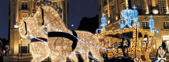 【イルミネーション】LED クリスタル 馬車【キングゴールド】【馬車】【3D】【大型用品】【クリスマス】【イルミネーション】【電飾】【装飾】【飾り】【パーティ】【イベント】【光】【LED】【モチーフ】【かわいい】今年もかわいいイルミネーションで飾り付け