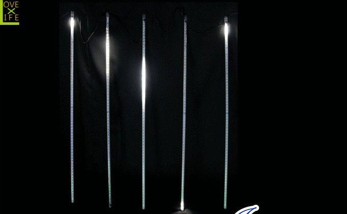 【LEDライト】【20 】LED ドロップライト【320球】スノードロップ♪5連のスティックから流れるスノードロップの美しさにウットリ♪【2012年新作】【送料無料】【大人気】【イルミネーション】【LED】【大人気】