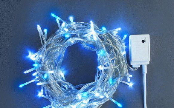 ホワイト・ブルーストレートライト100球LEDライト 【LED】【20 】【送料無料】【クリスマス】【イルミネーション】【電飾】【モチーフ】【大人気】
