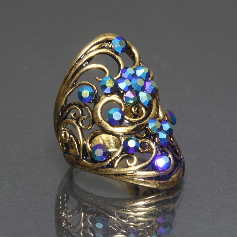 【 送料無料 】 リング 指輪 ブルーのスワロフスキーが輝くゴージャスゴールドリング 19号 わけあり品 アウトレット ring-11-03blug プレゼント クリスマス