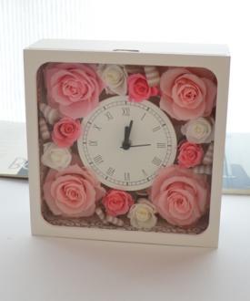プリザーブドフラワー ギフト 時計 クラシカルピンクプリザーブドフラワー時計【送料無料】【花恭】【母の日】【敬老の日】