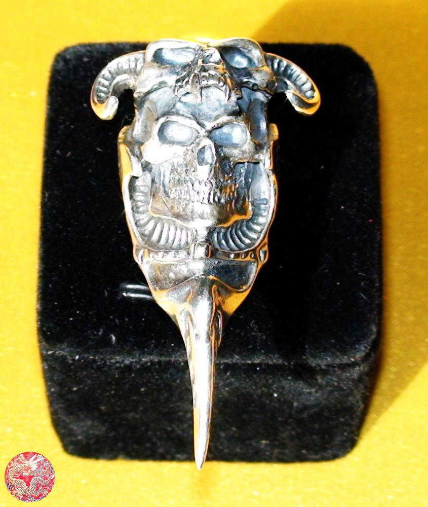 【送料無料】S925 髑髏王 どくろおうシルバ-925 リング 20号新品 男女兼用メンズ指輪 レディース指輪ジュエリー アクセサリーSilver skull ring指輪 サイズ リングサイズ 威龍彩雲